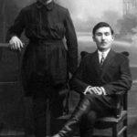 (KZ) Қошке Кемеңгерұлы Ташкентте. 1925-1926 жж. Қасында немере туысы Т.Сарсенбаев (Қошке Кемеңгерұлының шөбересі Қайырбек Кемеңгердің жеке мұрағатынан алынған)